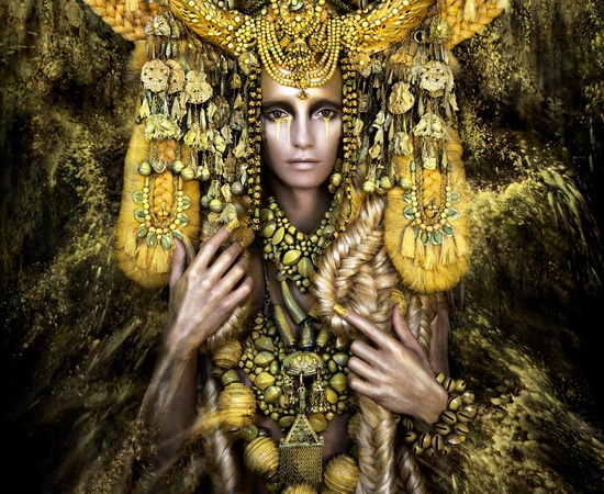 <p><b>Kirsty Mitchell</b><br /><i>Gaia, The Birth Of An End</i><span>, 2013</span></p>