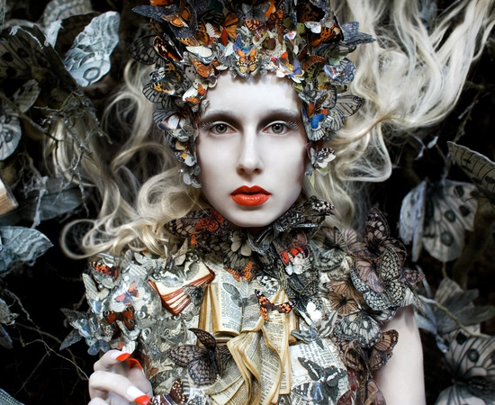 <p><b>Kirsty Mitchell</b><br /><i>The Ghost Swift</i><span>, 2012</span></p>